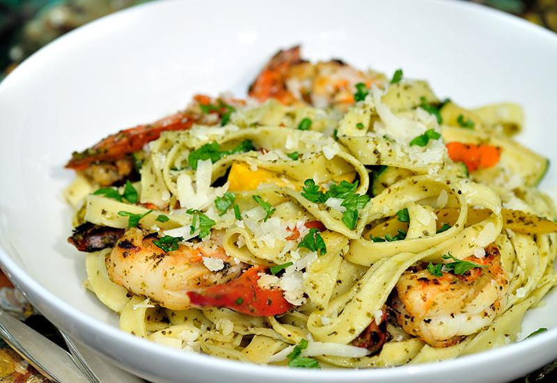 Garlic Grilled Shrimp Pasta