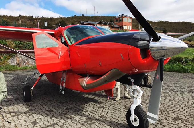 Puddle Jumper Plane