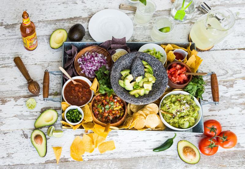 Build-Your-Own Guacamole Bar