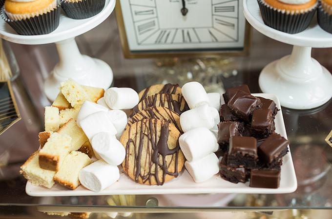 Sweet fondue dippers