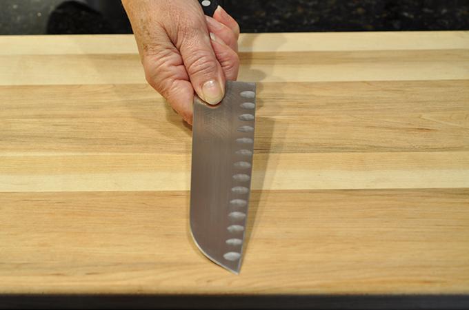 Knife grip demonstration