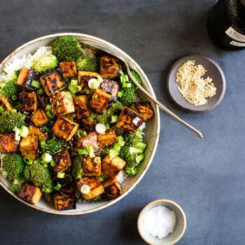 Crispy Seared Asian Garlic Tofu in a Bowl