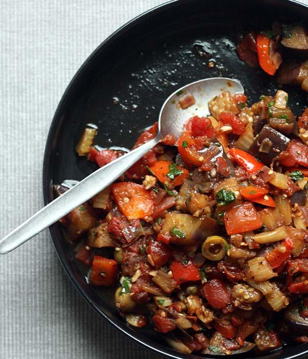 Heinen's Caponata Vegetables in a Pan