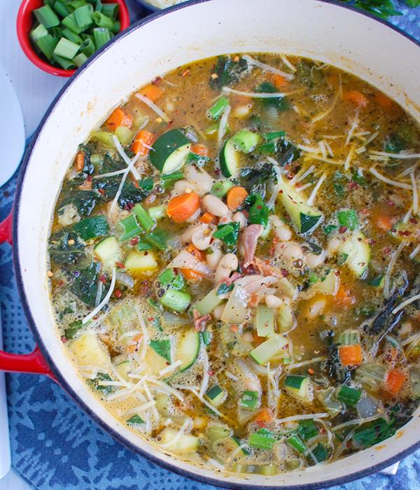 Tuscan white bean soup in pot