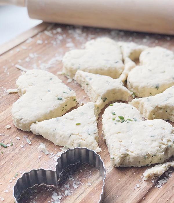 Heinen's Fondue Cheese & Chive Scone Dough