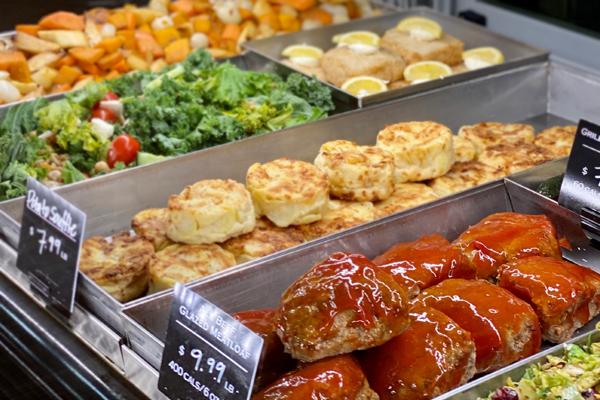 Prepared foods service case