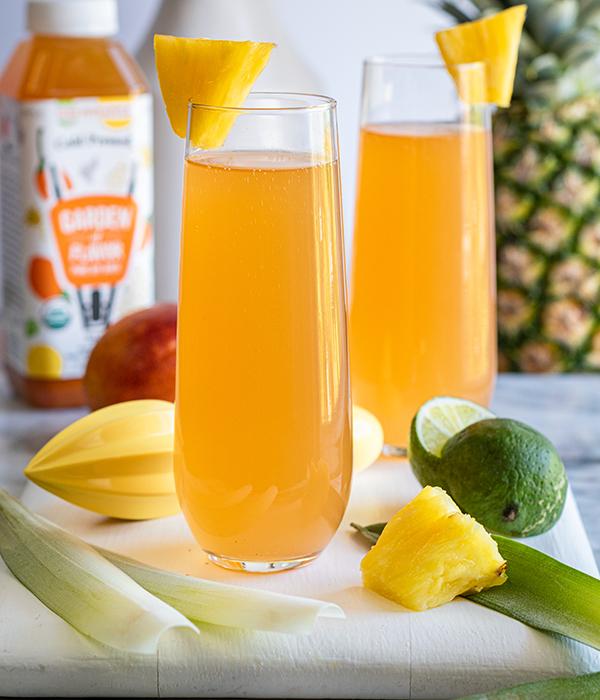 Goji Pineapple Mimosas