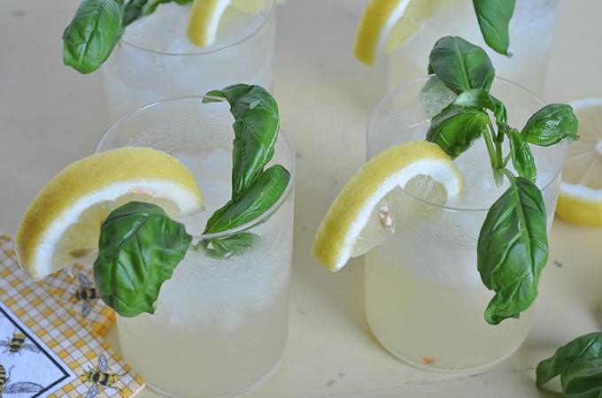 Vanilla Basil Lemonade