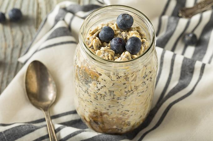 Blueberries & Cream Overnight Oats