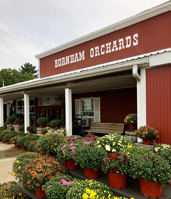 Burnham Orchards storefront