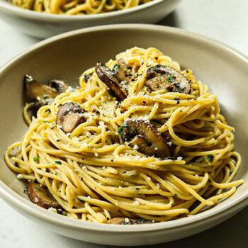 Mushroom Pasta with Garlic and Herbs