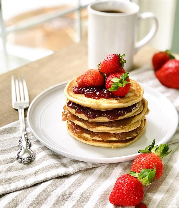 PB&J Stuffed Pancakes