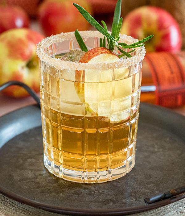 Maple Bourbon Honeycrisp Cocktail_